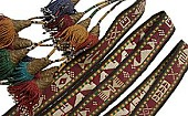 ♪多数のモチーフが織り出された遊牧民ラカイのテント帯紐
